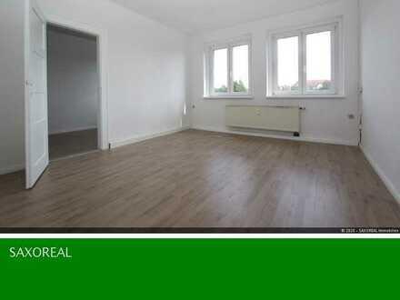 Frisch renoviert und ab sofort bezugsfertig! 3 Raum Etagenwohnung in der Fritz-Ebert-Straße!