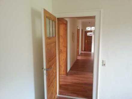 +++ Großzügige 4 Raum Wohnung in der Gartenstadt Leuna +++