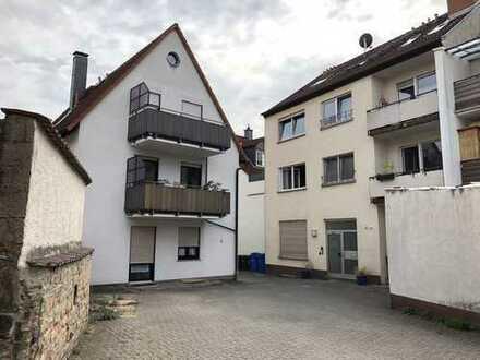 Zwei Mehrfamilienhäuser auf einem gemeinsamen Grundstück