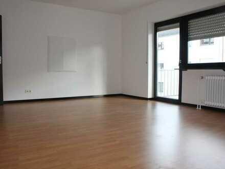 *Helle und geräumige 3 ZKB Wohnung in Birkenfeld*
