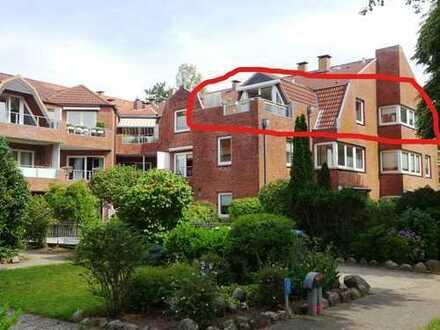 Westliche Höhe, Charmante 3-Zimmer-Wohnung, Kamin, neue EBK, Balkon, TG-Stellplatz, Fahrstuhl