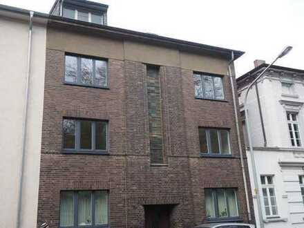 Erstbezug nach Sanierung, Helle drei Zimmer Wohnung in Mönchengladbach, Odenkirchen-Mitte