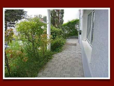 Nur an berufstätige EINZELPERSON! Ruhiges Apartment mit eigenem Eingang, Pantryküche &Tageslichtbad