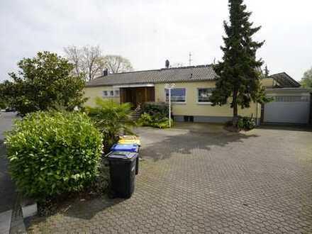 Bungalow Rarität für die große Familie im Kölner Süden
