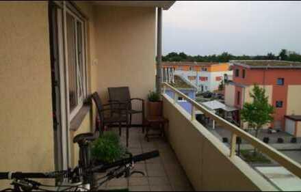 Stilvolle, geräumige 1-Zimmer-Wohnung mit Balkon und EBK in Heidelberg-Wieblingen