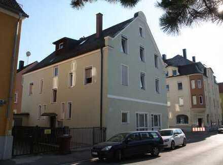 Helle Erdgeschoss-Wohnung in Augsburg-Pfersee