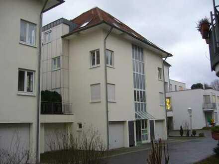 Schöne 4,5-Zimmer-Wohnung mit Balkon und EBK in Freiberg am Neckar