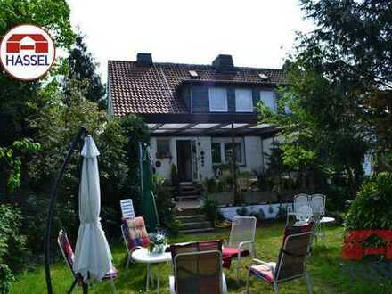 Toll, schön und wunderbar! Doppelhaushälfte in Duisburg-Buchholz!