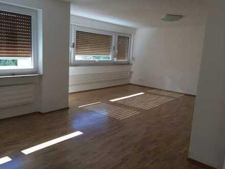 Gepflegte 3,5-Zimmer-Wohnung mit Balkon und EBK in HD - Handschuhsheim