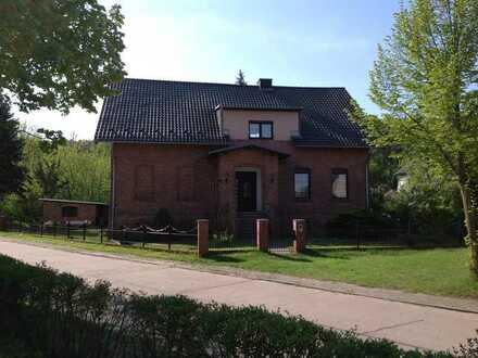 Helle 2-Zimmer-Wohnung im Dachgeschoss in der Nähe von Bad Saarow