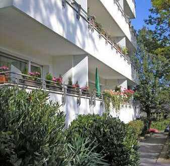 Schönes Apartment mit großem Balkon!