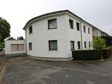 Grosses, kernsaniertes Ein-Zweifamilienhaus auf schönem Eckgrundstück in Toplage von Heimersdorf!