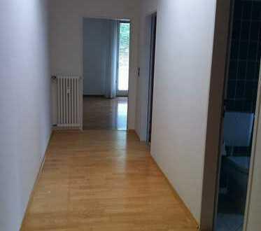 Top sanierte 2-Zimmer-Wohnung mit 2 Balkonen und EBK in Konstanz