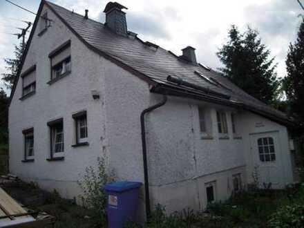 Doppelhaushälfte mit Gartengrundstück