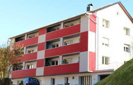 Schöne renovierte 4 Zimmer Wohnung im 1.OG links mit Einbauküche und Balkon in 78148 Gütenbach