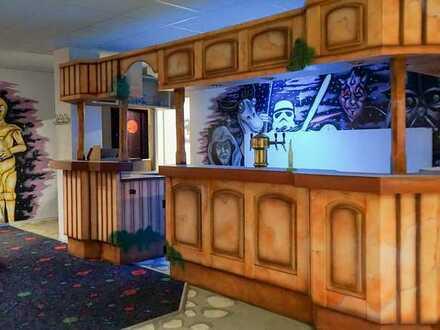 GEWERBEFLÄCHE IM FELKE-CENTER ZUR MIETE, geeignet als Bistro, Billard-Café, Bar, Pub, Eventlokal