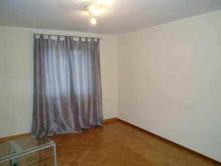 Schöne 3-Zimmer-Erdgeschosswohnung mit EBK in Gomaringen