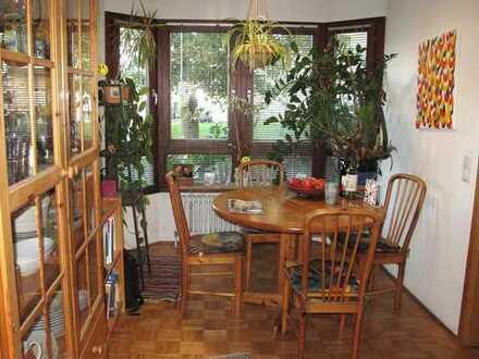 Weißenhorn: Sonnige, ruhige 2-Zimmer-Wohnung in guter Lage.
