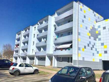 Super Renovierte 1-Raum-Wohnung,Besichtigungen unter TEL.0172/3954517