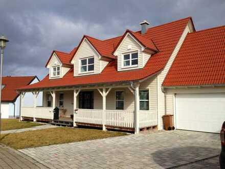Amerikanisches Traumhaus mit Garten