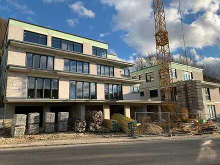 NEUBAU ERSTBEZUG 4,5-Zimmer-Wohnung BALKON GARTEN AUFZUG