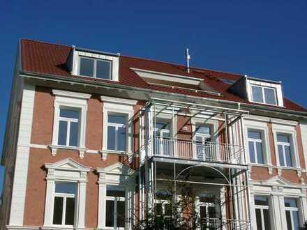 Traumhafte Maisonette-Wohnung mit gr. Dachterrasse