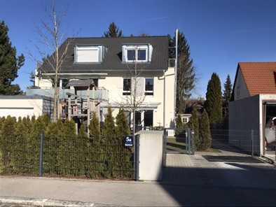 2.900 €, 210 m², 5 Zimmer