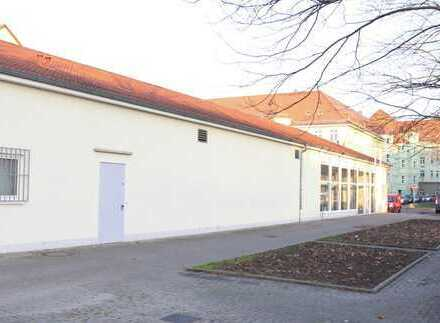 Büro-/ Praxis-/ Verkaufsflächen mit viel Potential am Lutherplatz
