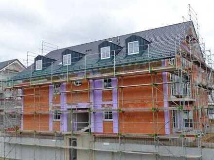 Schnittige Neubau-Dachgeschoss mit 3-Zimmern und zwei Balkonen