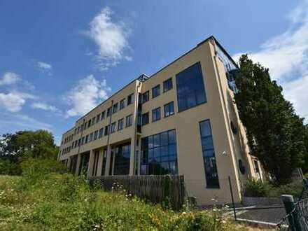 Bürogebäude mit kleinen abgeschlossenen Mietbereichen nahe des TU-Campus