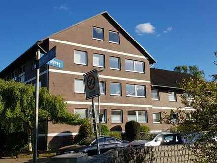 Zentrale, renovierte 1-Zimmer-Wohnung (46qm) - Ideal für Pendler: in 20 Minuten am Hamburger Hbf!