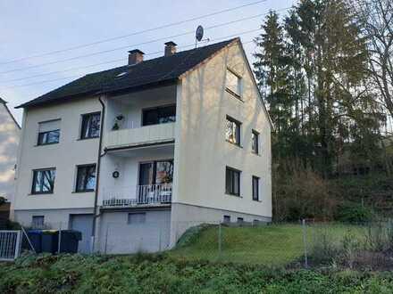 Modernisierte 3-Raum-Wohnung mit Balkon in Hemer