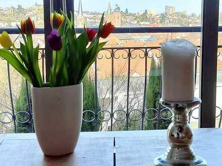 Traumaussichten in Top-Lage - Maisonette mit Wintergarten, Terrasse und Gartenanteil