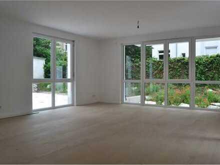 RE/MAX - Luxus Apartment in bester Frankfurter Lage, Holzhausenviertel