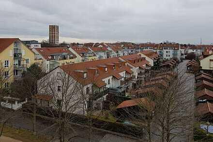 Gepflegte, zentrale, ruhige 4 Zimmer DG-Maisonette-Wohnung in Kornwestheim