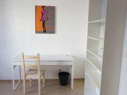 13 qm Zimmer, möbliert in Moabit 01-072-01