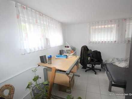 WG-Zimmer mit kleiner Küche