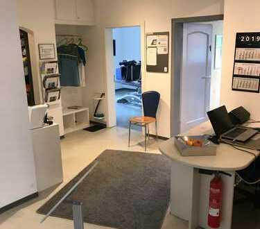 Zentral gelegene Praxis- oder Bürofläche