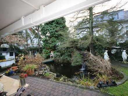 ... Einfamilienhaus-Bungalow mit Terrasse und Garten ... und Garage PLUS separatem Appartement