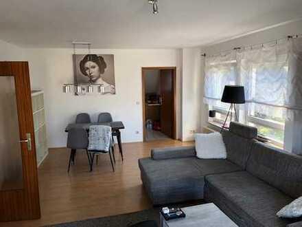 Tolle 3-ZKB Wohnung mit Dachterrasse zu vermieten!