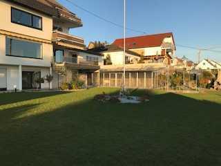 Gepflegte 5-Zimmer-Wohnung mit Balkon und EBK in Ober-Olm