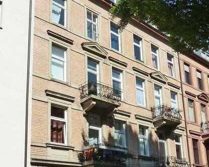 4539 - Studenten-WG gesucht! Wohnung nähe KIT!