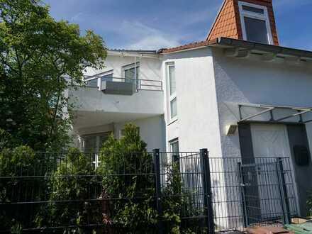 Großzügiges Split-Level-Haus in Dietzenbach Steinberg