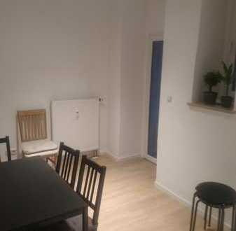 Kaßberg - 17 qm WG-Zimmer in 3-Raum Whg (2er WG)