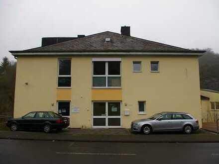 Schöne Zwei-Zimmer-Eigentumswohnung im Idarer Zentrum