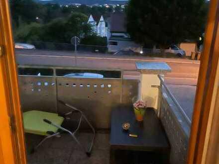 Gepflegte 4-Zimmer-Wohnung mit Vollbad + SW-Balkon in Waiblingen