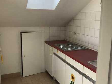 Helle Dachgeschoßwohnung in Bad Godesberg, Bonn