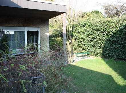 Kleiner EFH-Bungalow mit uneinsehbarem, idyllischem Garten Nähe Schwimmbad