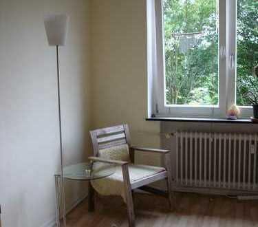 Südzimmer mit Blick ins Grüne in 2-er Wg(w)
