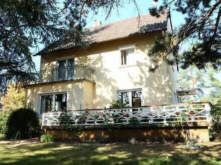 Großes Haus mit Garten und 2 Garagen (Werkstatt) in Rheinhessen / Rhein-Main / Rhein-Neckar Raum